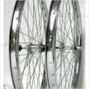 Clincher Front Wheel 26 x 2.125 Inches